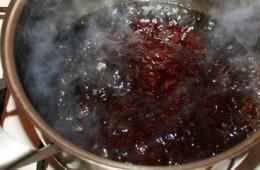 Подгоревшее варенье – как можно отмыть кастрюлю?