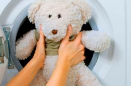 Стирка мягких игрушек в машинке – как сделать это правильно?