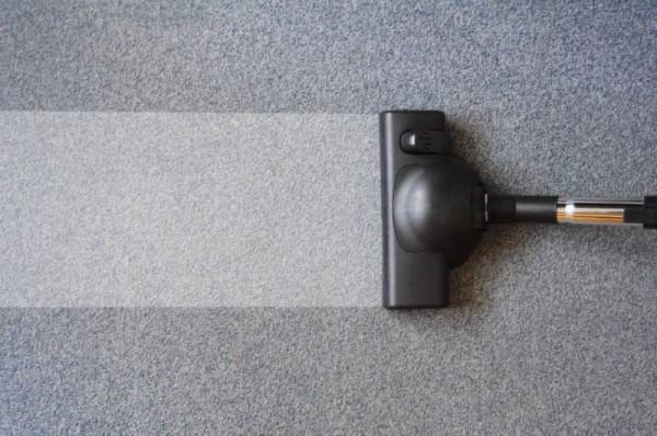 Чистка коврового изделия