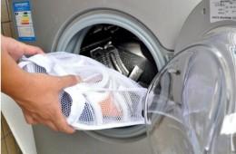 Можно ли постирать грязную обувь в стиральной машине?