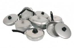 Вредна ли алюминиевая посуда?