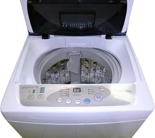 Пузырьковая стиральная с открытой крышкой