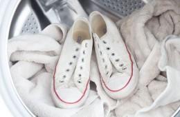 10 рекомендаций при стирке кроссовок в стиральной машинке