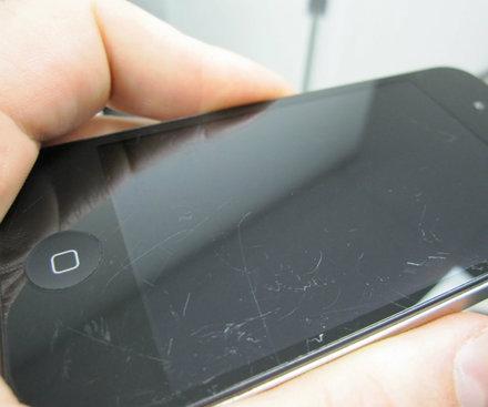Как убрать царапины с экрана телефона  fce3e5bb9a945