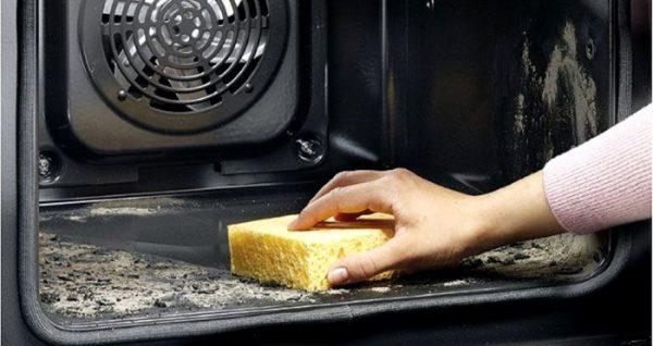Чистка поверхности плиты и шкафов газовая плита с электродуховкой gorenje