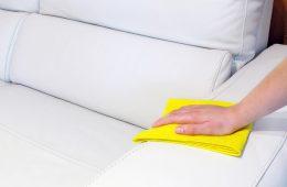 Как почистить диван из кожи?